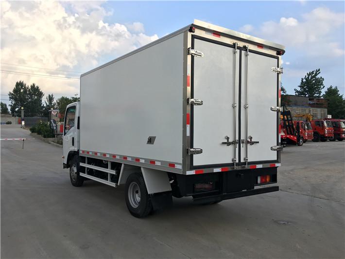 庆铃kv600,4.2米冷藏车图片